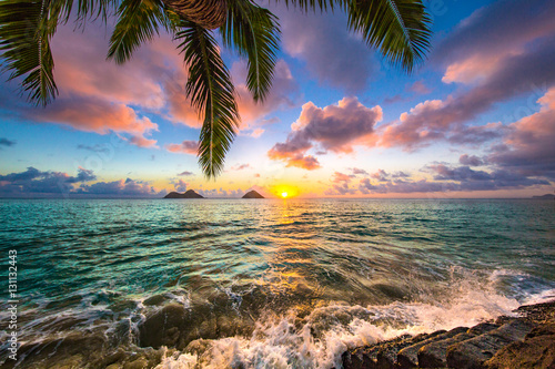 Deurstickers Ochtendgloren Beautiful Hawaiian Sunrise at Lanikai Beach