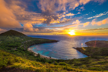 Sunrise At Hanauma Bay On Oahu, Hawaii