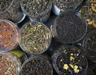 Fototapeta Different varieties elite green and black tea.