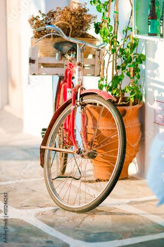 Deurstickers Fiets Beautiful vintage bicycle near the house on italian street