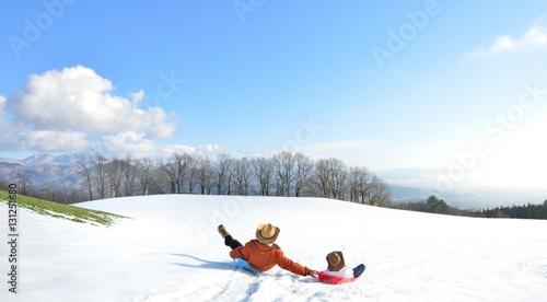 青空・雪原・ファミリー Fototapet