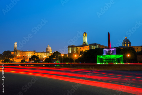Fotobehang Delhi Delhi, India. Illuminated Rashtrapati Bhavan an Parliament building
