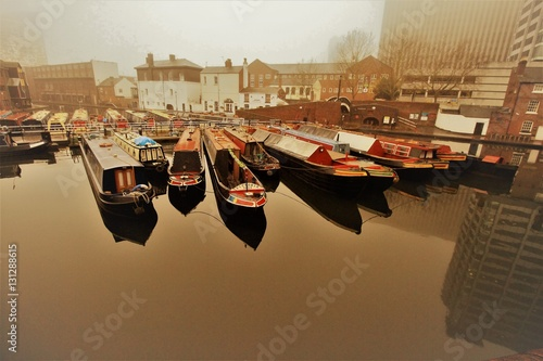 Canvas Autumnal silence in the Birmingham Gas Street Basin