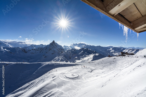 Sun on the ski slopes in Courchevel, France Tableau sur Toile