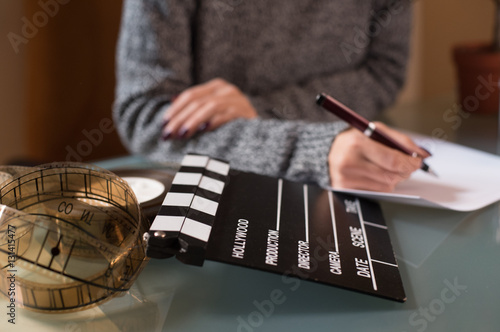 Fotografia Artist screenwriter desktop detail clapper board