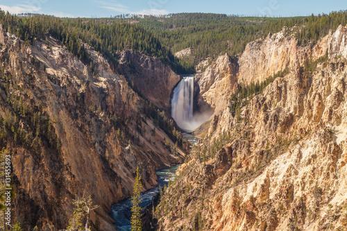 Photo  Yellowstone Falls Landscape