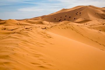 Fototapeta na wymiar Sand dunes of the Sahara desert, Morocco