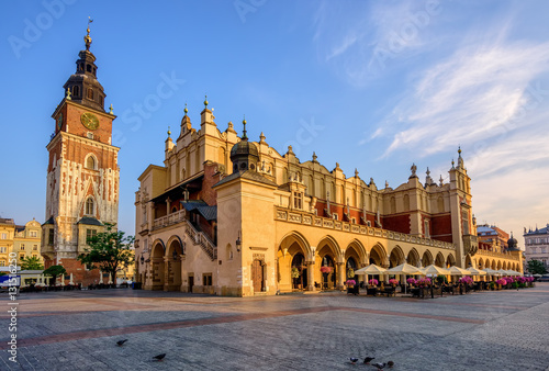 Photo sur Aluminium Cracovie The Cloth Hall in Krakow Olt Town, Poland