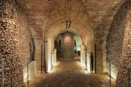 фотография  Interior of the underground ossuary under the Church of St
