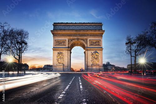 Valokuva  Parisian Sunset - Arc de triomphe and Champs Elysées