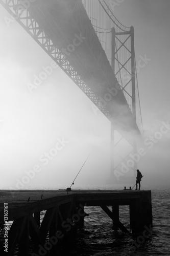 Fotografie, Obraz  Nevoeiro Ponte 25 de Abril - Lisboa