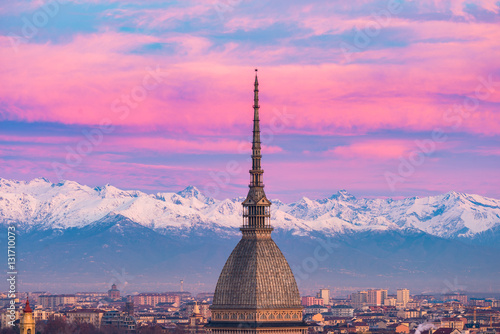 Stampa su Tela Torino (Turin, Italy): cityscape at sunrise with details of the Mole Antonelliana towering over the city