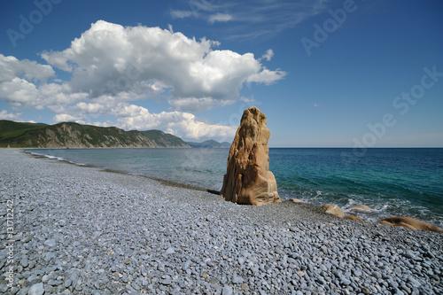 Cadres-photo bureau Taupe Sea Landscape with the rock beach