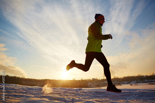 Poster Glisse hiver Running at sunrise