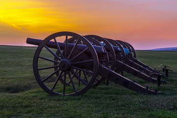 Fototapeta Four pieces of artillery in a row at Antietam National Battlefie