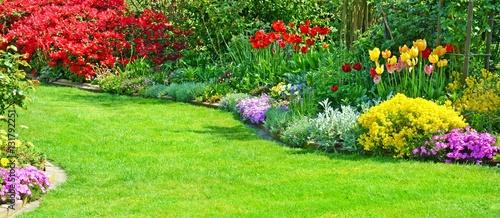 Cadres-photo bureau Jardin Garten mit Rasenfläche