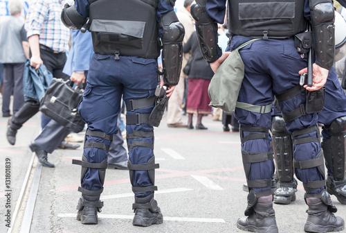 Fotografía  Police officers on duty. Counter-terrorism.