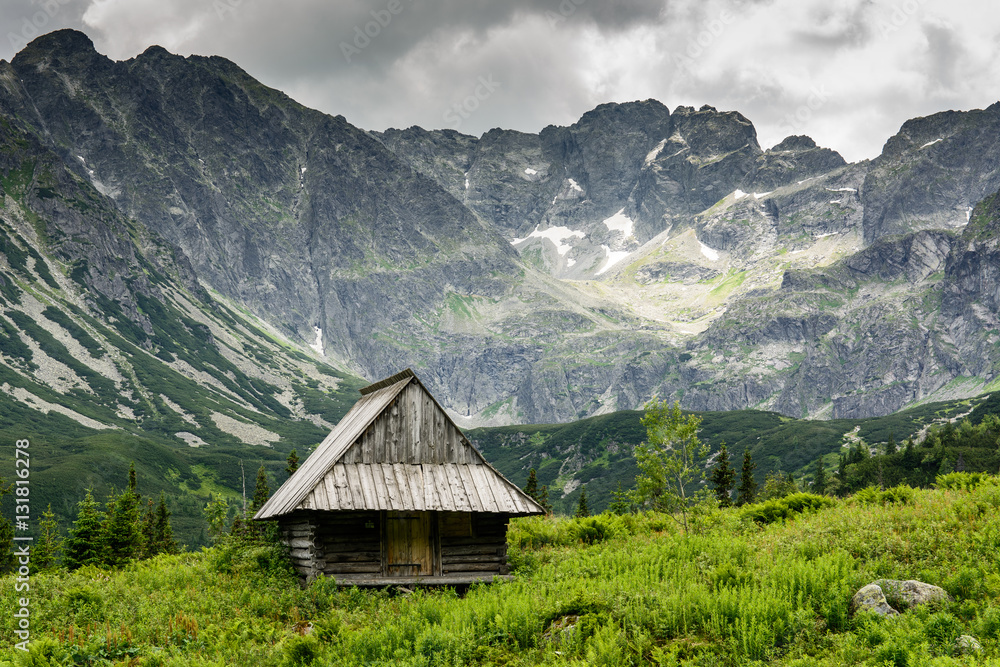 Wooden hut in the high Polish mountains