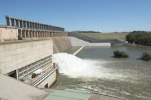 Lake Hume Dam And Spillway,NSW, Australia.