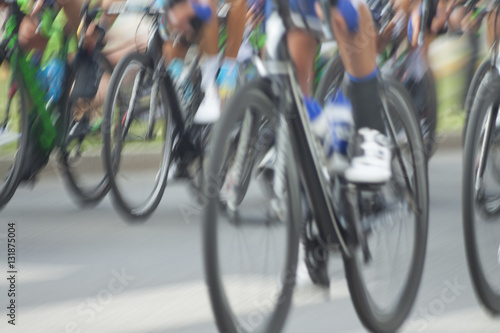 Staande foto Fiets Racing Cyclists, Motion Blur