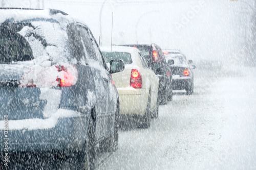 Fototapeta Traffic in a snowstorm obraz