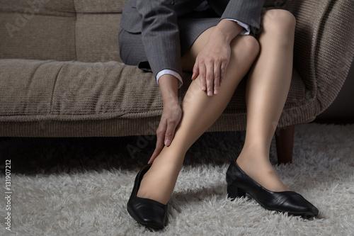 Fotografia  Biznes kobieta, stopa, zmęczony, obrzęk, buty