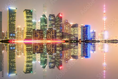 Obrazy na płótnie Canvas Shanghai skyline on the Huangpu River at night,China