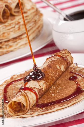 Dutch pancakes with syrup or 'pannenkoeken met stroop'