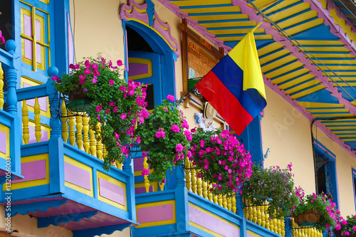 Fotomural  colourful colonial balconies in Colombia