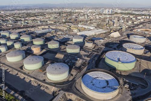Fényképezés  Fuel Storage Tanks Aerial