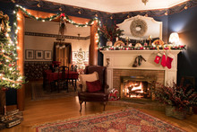 Victorian Christmas Setting Wi...