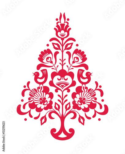Czerwona choinka bożonarodzeniowa ze wzorem ludowym