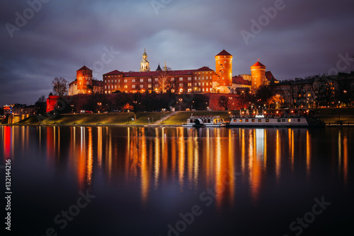 Fotobehang Krakau Fantastic night Krakow. The Royal Wawel Castle in Poland