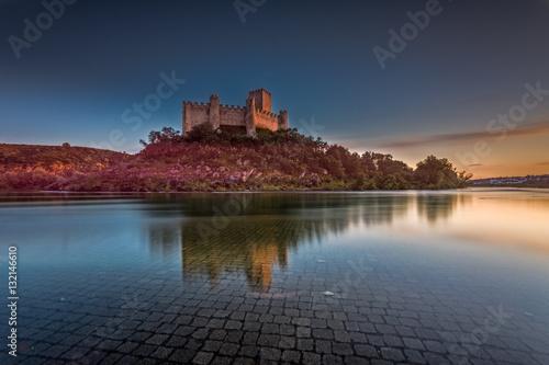 Vászonkép  Almourol Castle