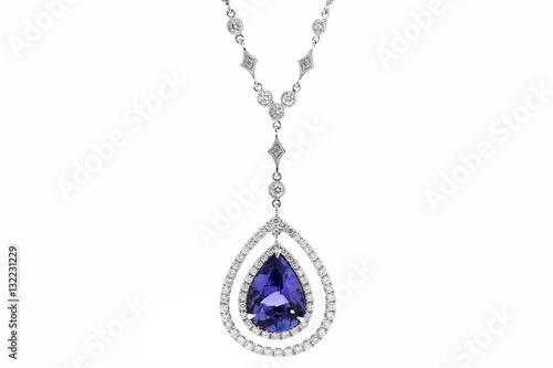 Foto  Halskette mit weißen und blauen Diamanten mit Saphir und Rubin