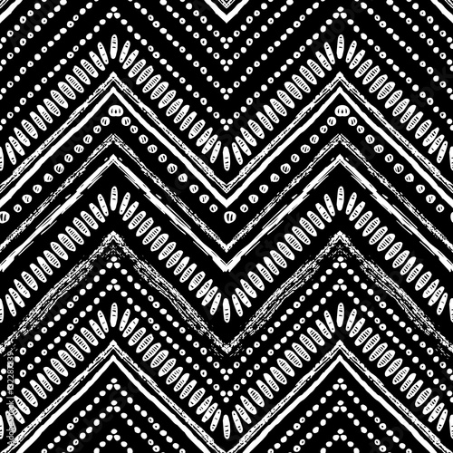 recznie-rysowane-zygzak-i-wzor-paskow-wektor