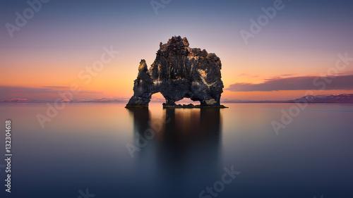 Obraz na plátně  Hvitserkur The Stone Rhino - ICELAND