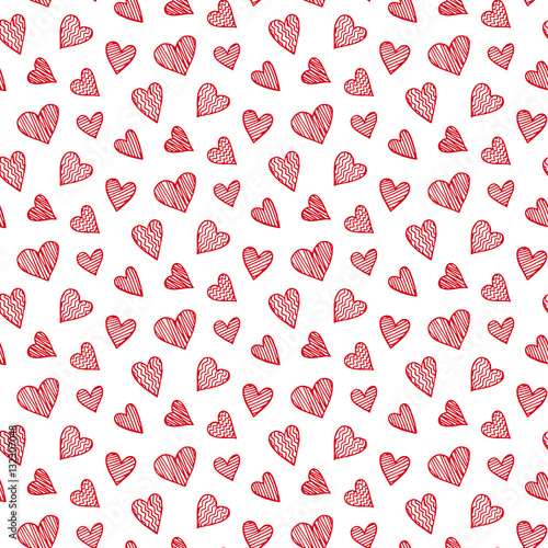 vector-romantic-seamless-pattern-with-hand-drawn-red-heart-doodles
