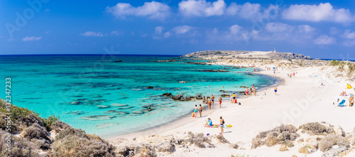 Famous pink coral beach of Elafonissi (Elafonisi) on Crete, Mediterannean sea, G Tapéta, Fotótapéta