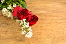 /   Red Roses On The Old Wooden Floor. Special For Fans Love On Valentine's Day And Postcards.