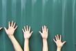 Viele Hände zusammen