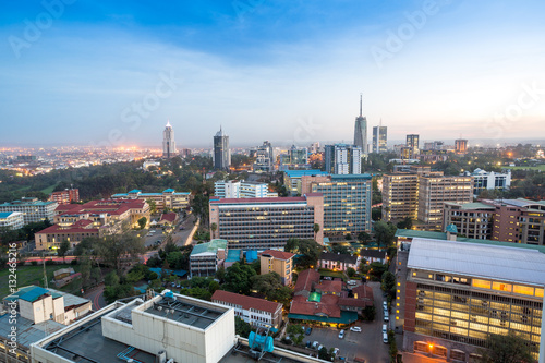 Nairobi cityscape - capital city of Kenya Tableau sur Toile