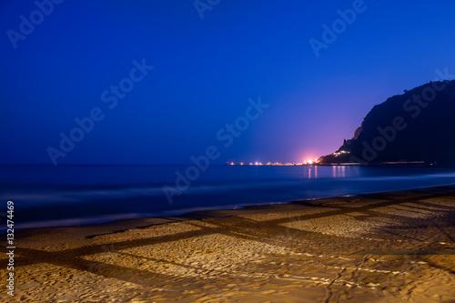 Valokuva  Terracina Beach By Night