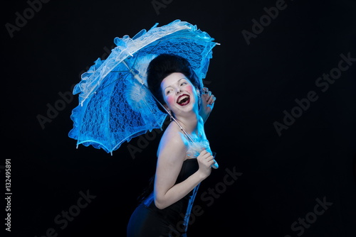Photo  emotional actress brunette woman in an ancient medieval attire and lush hair wit