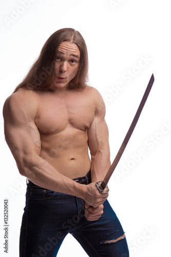 Photo  Portrait of a brutal man bodybuilder with bare-chested with long hair with a Jap