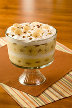 Banana Pudding In Trifle Bowl