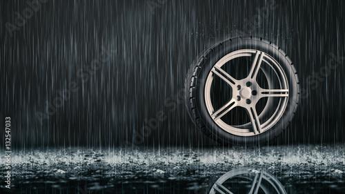 Valokuva  Einzelner Reifen im Regen