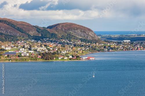 Foto op Plexiglas Caraïben View of a coastal community on the Norwegian coast