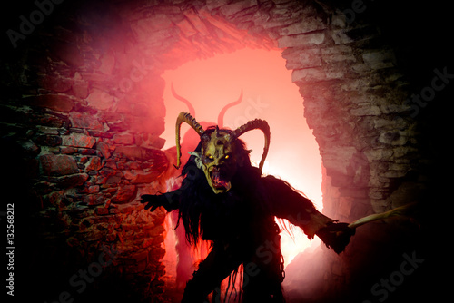 Foto  Dämon aus dem Höllentor
