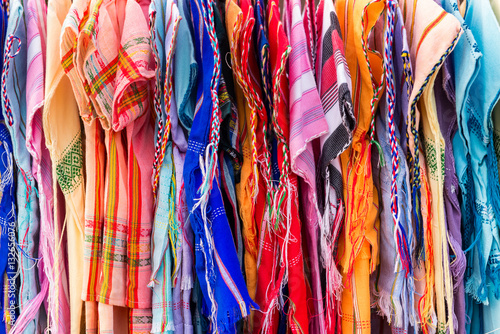 Fotobehang Paradijsvogel Colorful Thai silks in a market in Bangkok, Thailand